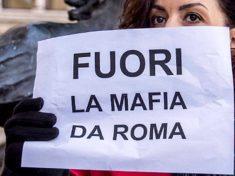 FUORI-LA-MAFIA-DA-ROMA