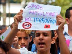 siamo-musulmani-non-terroristi-835461392-638x425